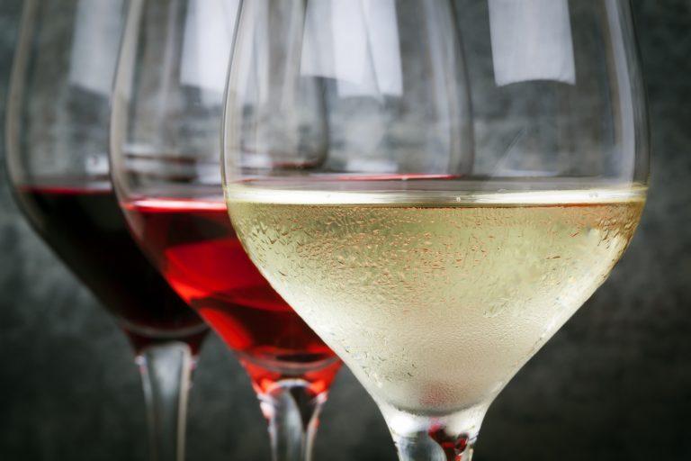 Bordeaux wines' guide to beginner's wine tasting