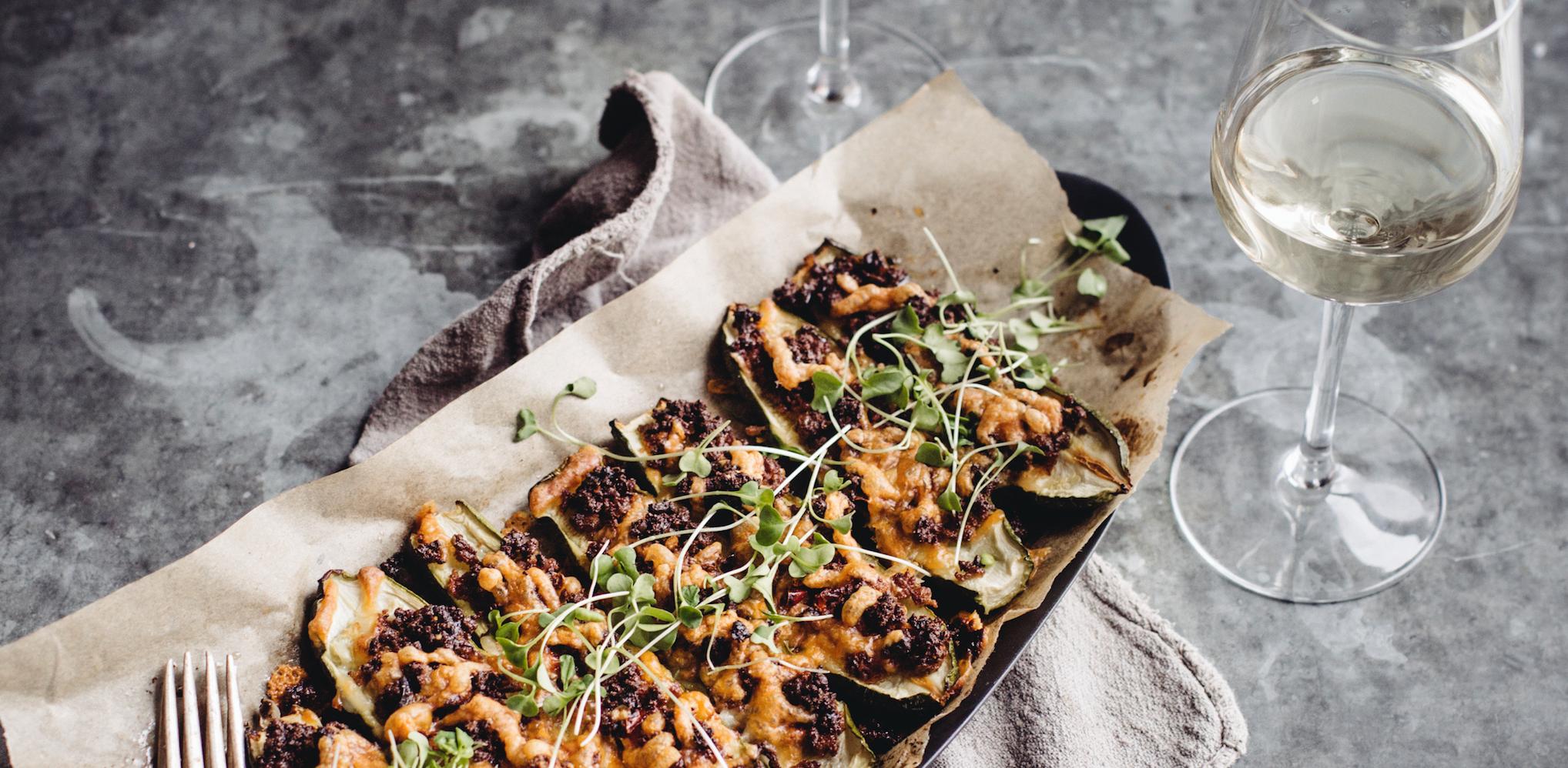 Rezept: Gefüllte Zucchini mit und ohne Fleisch
